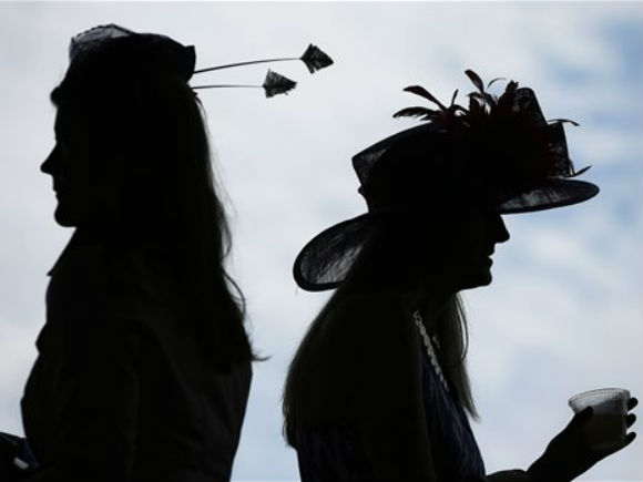 346375-fashion-at-the-kentucky-derby-d2302_83155