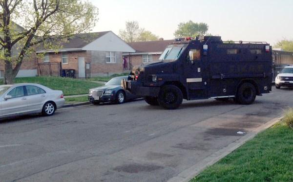 5-6-15 swat raid_83806