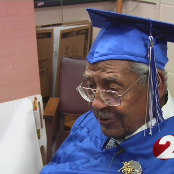 92 year old WWII vet receives high school diploma_94511
