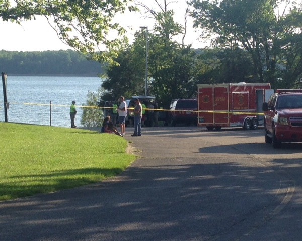 Crews on scene of possible drowning at Caesar Creek_93591