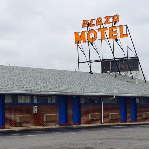 Plaza Motel_139357