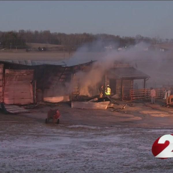 Crews battle barn fire in Urbana_138012