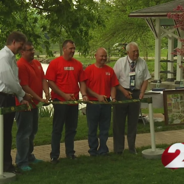 Dayton VA unveils new wheelchair-accessible ramp_162899