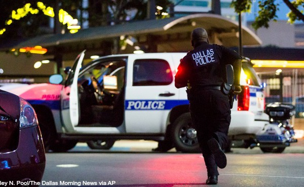 Five Dallas police officers killed_171349