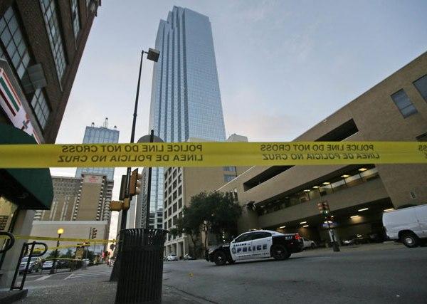Dallas police ambush_171542