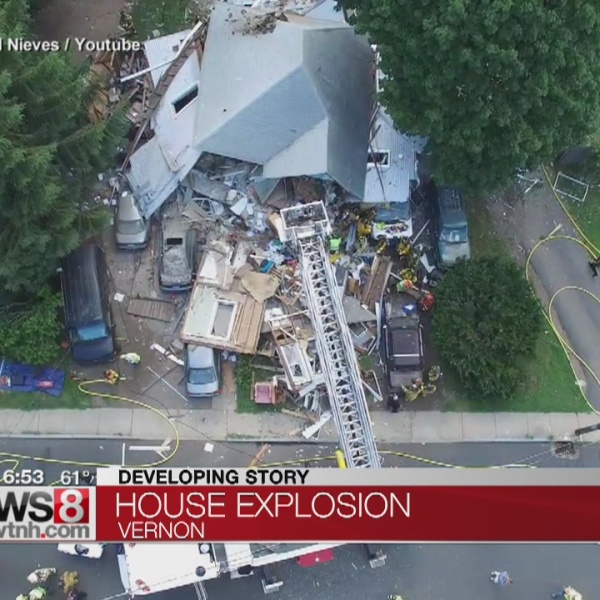 8-5 CT House Explosion_177371