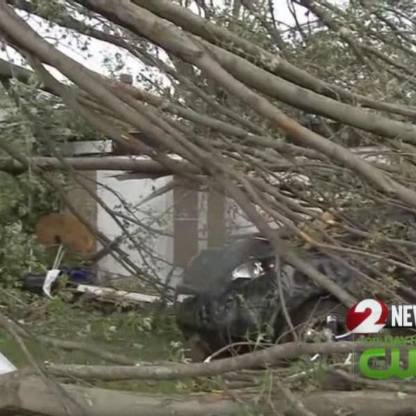 tornado damage 1_186919