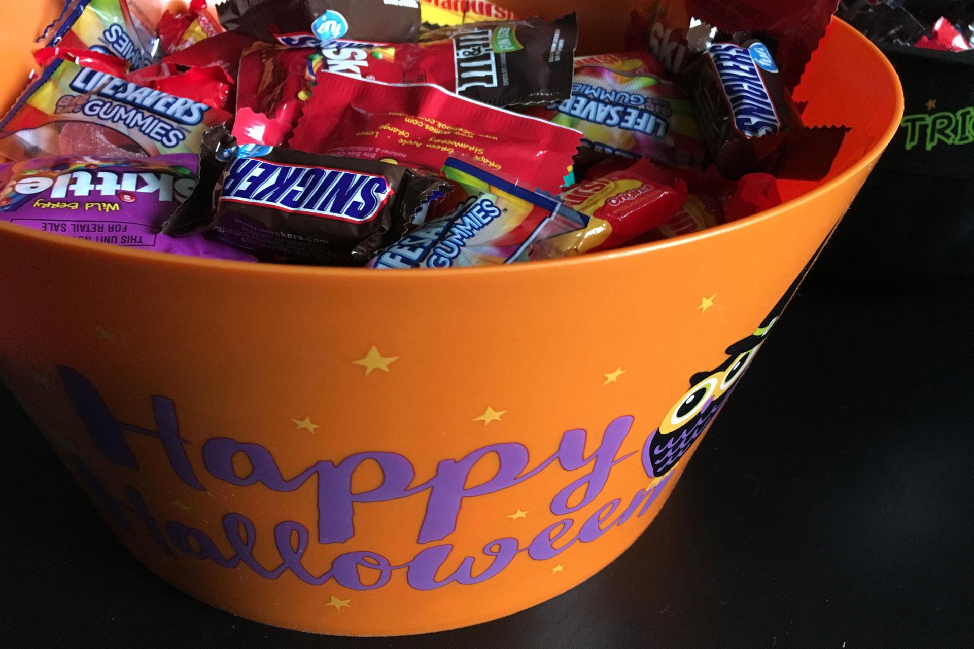 Halloween candy_201242