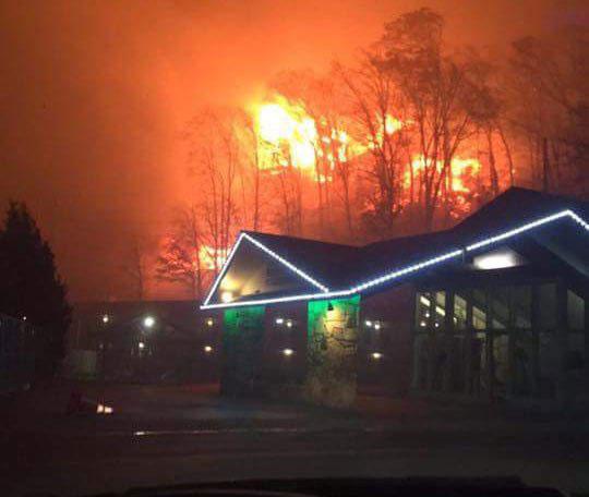 Gatlinburg wildfires_208541