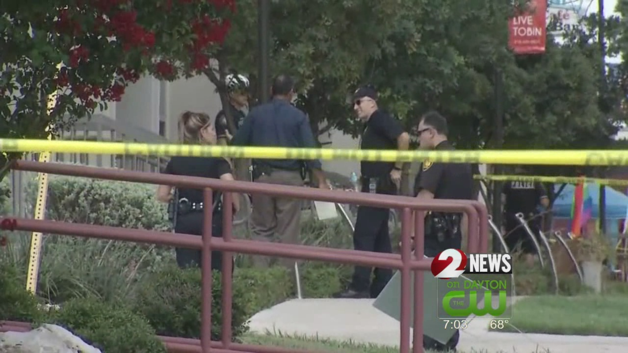 2 San Antonio police officers critically wounded in shootout