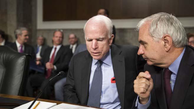 John McCain,Jack Reed_251773