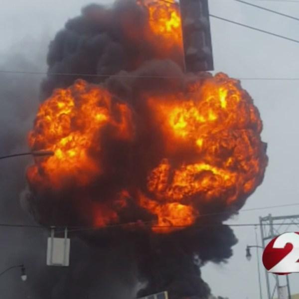 4-30 explosion_241745