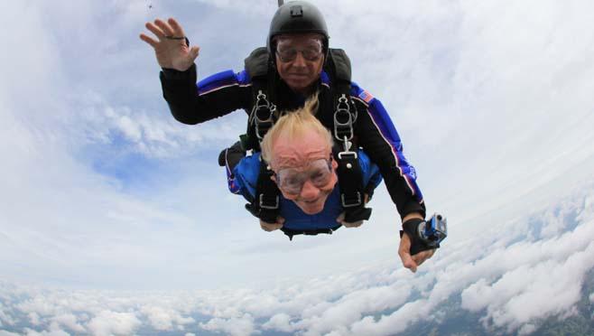 skydiving_257420