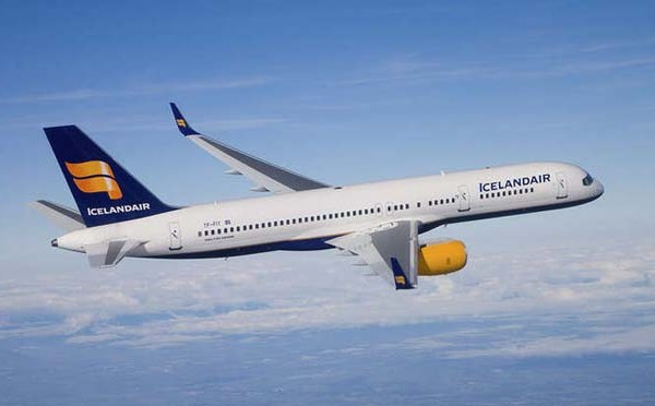8-23 Icelandair_264096