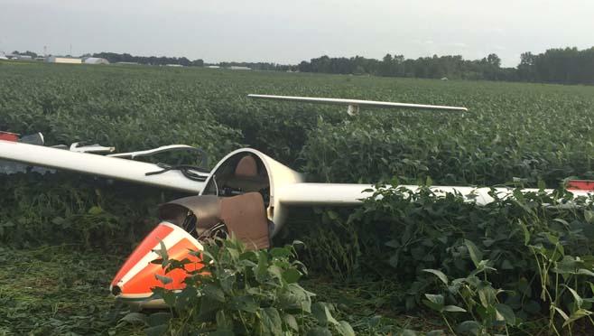 8-7 Glider Crash copy_261043