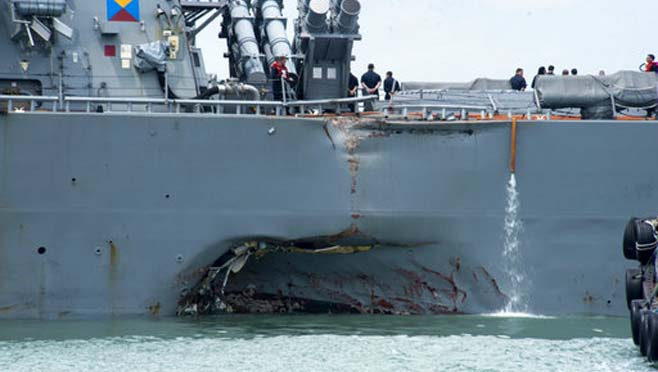 APTOPIX Singapore US Navy Ship Collision_263641