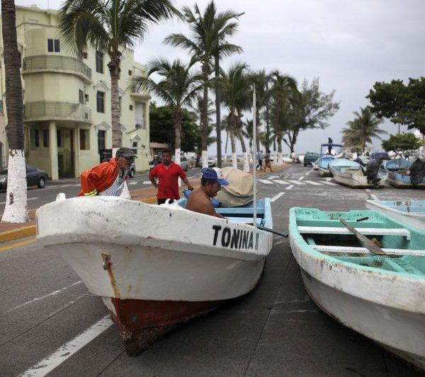 hurricane franklin_261629