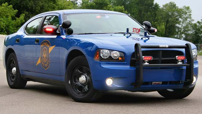 2006_Michigan_State_Police_Dodge_Charger_1 copy_272165