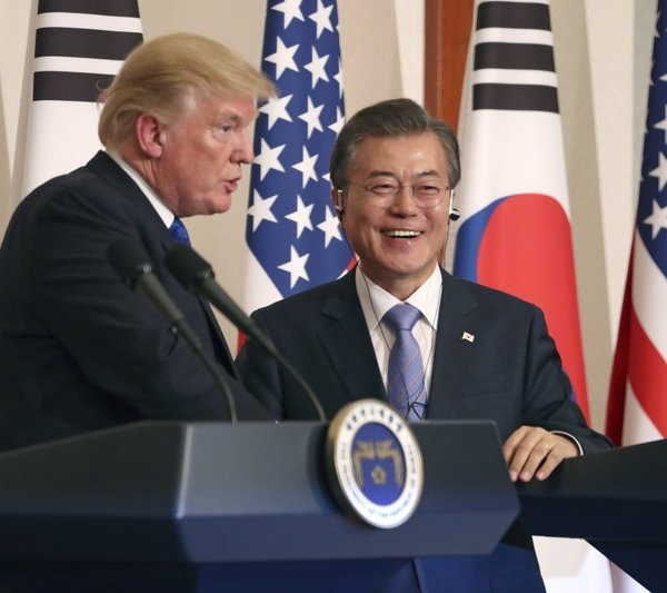 President Trump in South Korea_278777