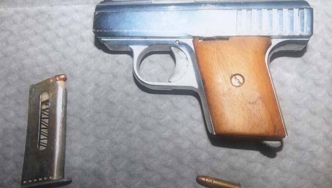 Officials recover gun off school property_292182