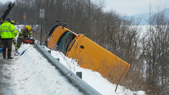 school-bus-accident-image4_289285
