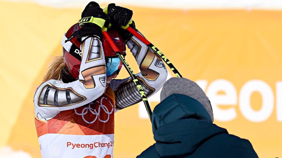 ester_ledecka_stunning_gold_medal_image_297756