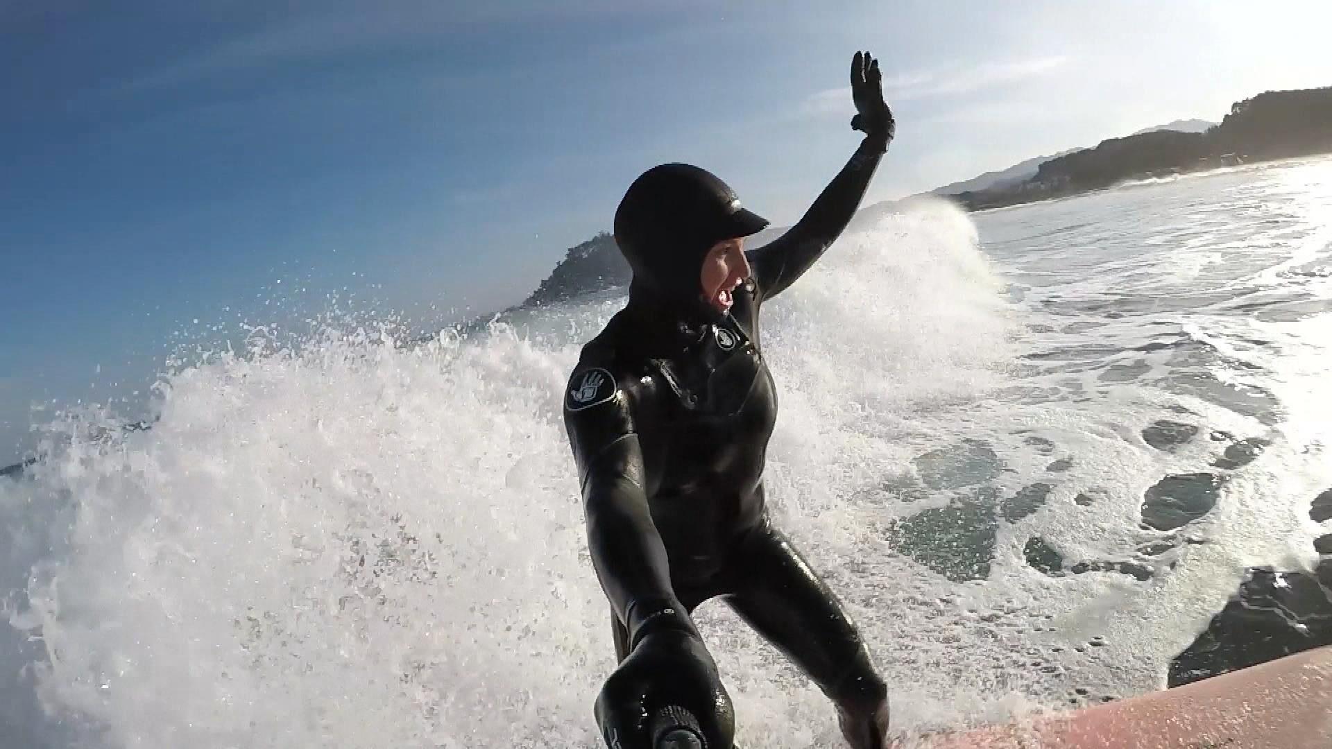 mancuso surfs_297238