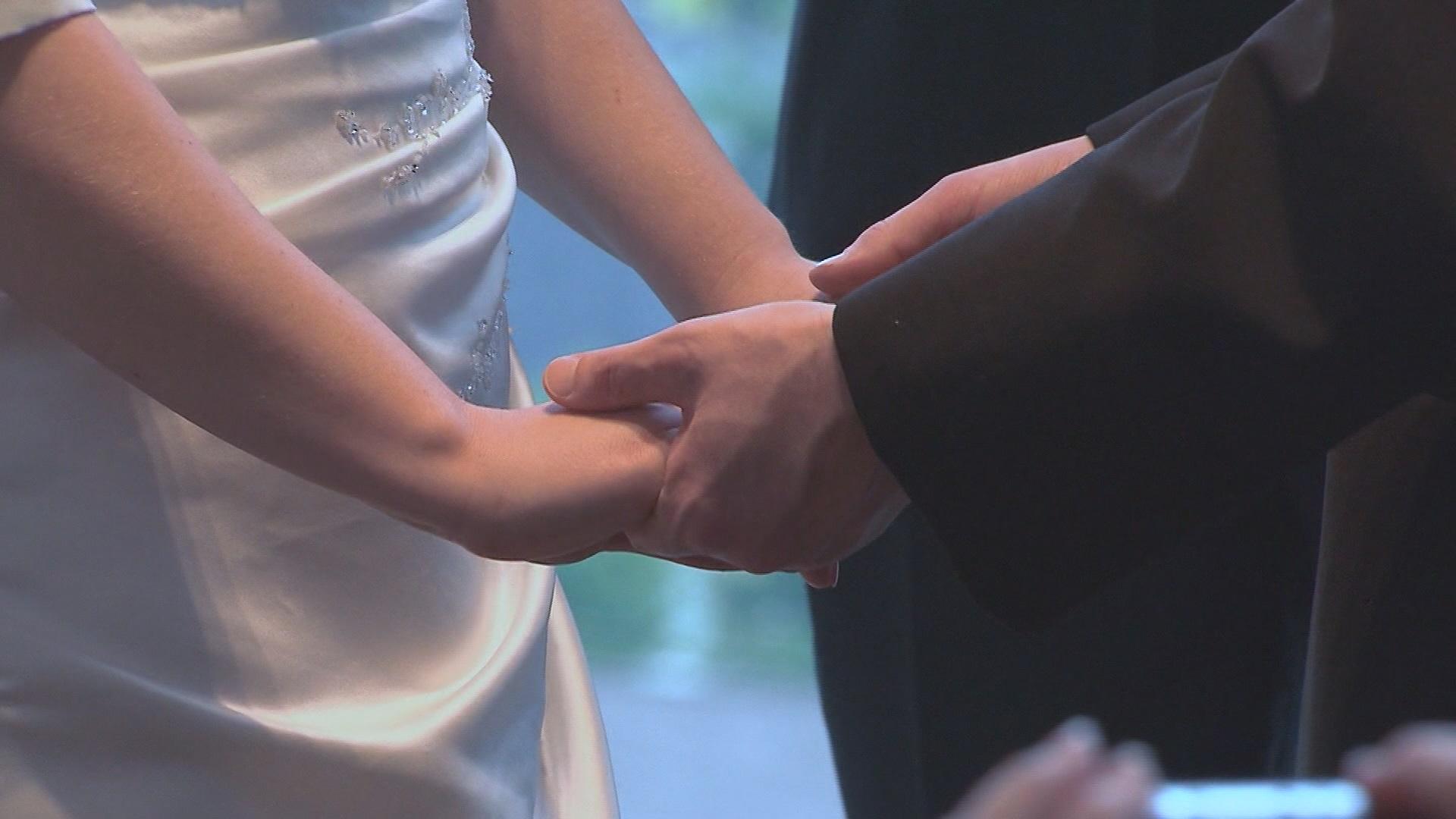 WEDDING COSTS_1522332223961.jpg.jpg