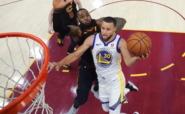 APTOPIX NBA Finals Warriors Cavaliers Basketball_1528368914428