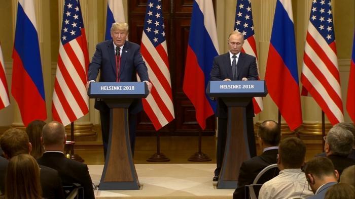 Trump Attacks FBI Probe, Praises Putin