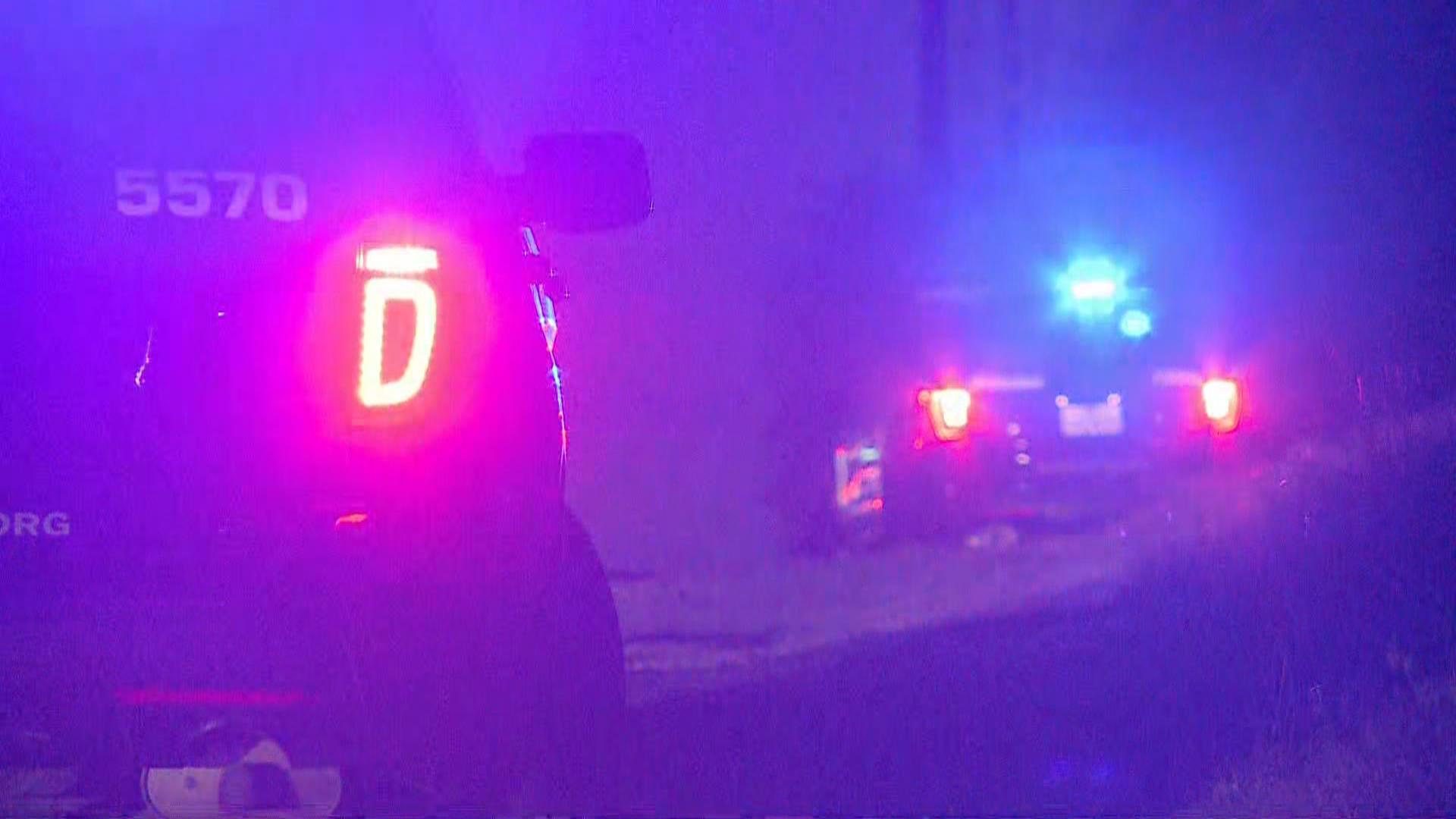 APD Generic police lights-846655081