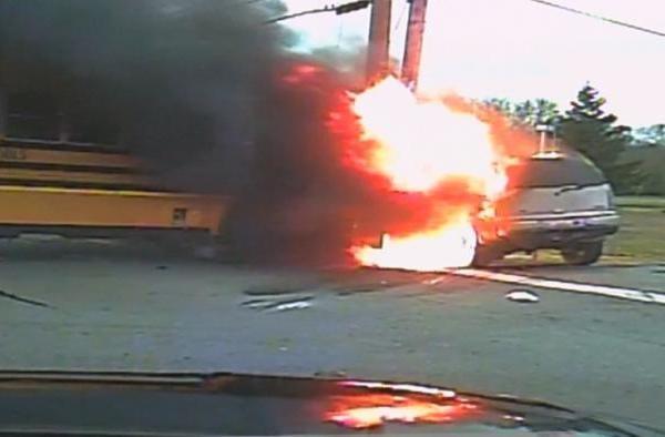 Dashcam Shows Terrifying School Bus Fire