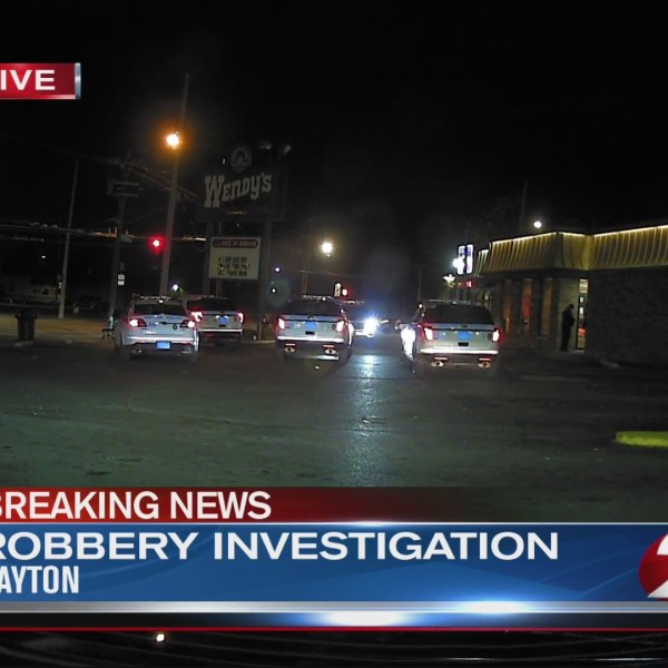 Dayton Wendy's robbed by 3 suspects
