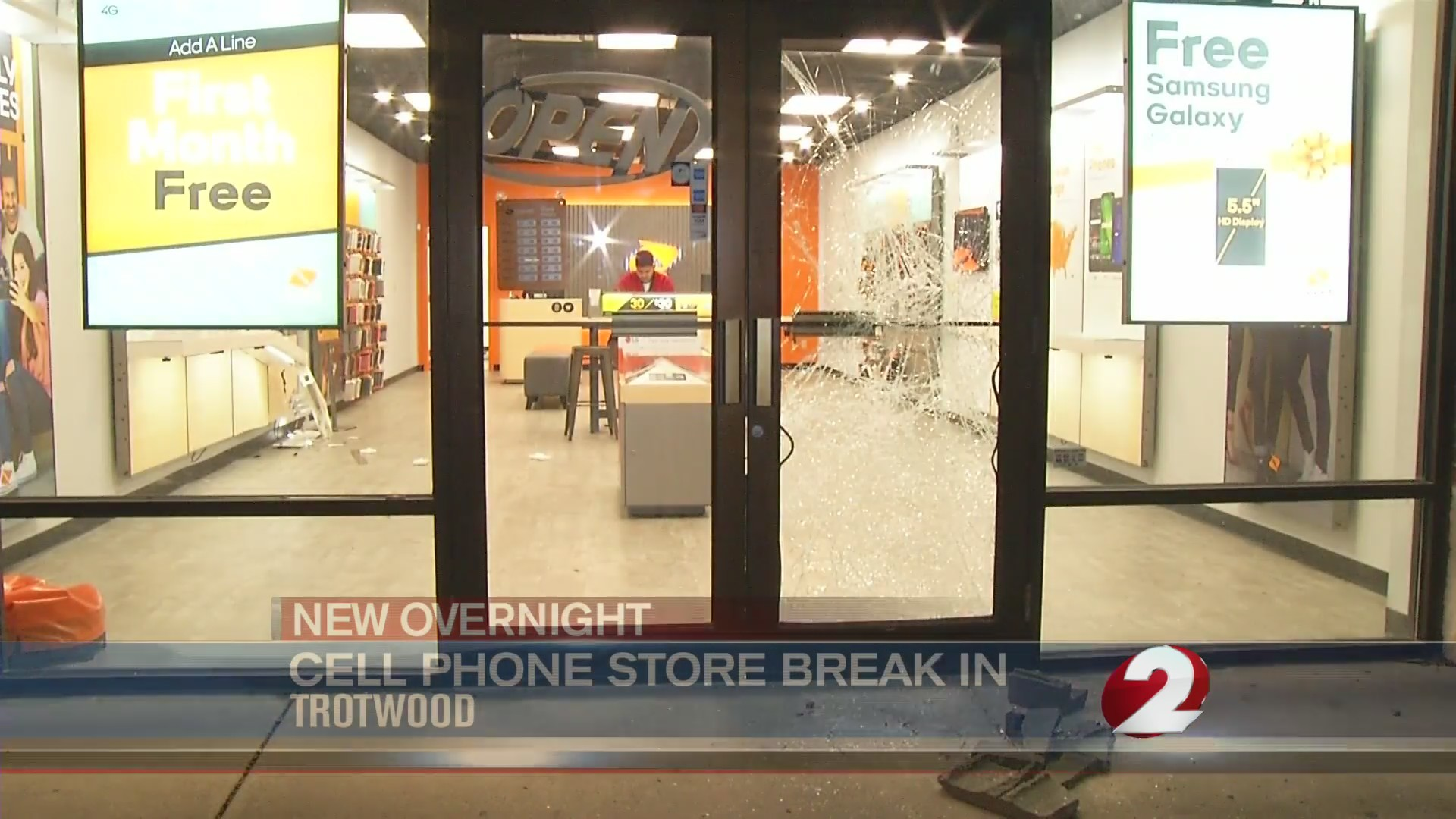 Thieves break into Trotwood cell phone store