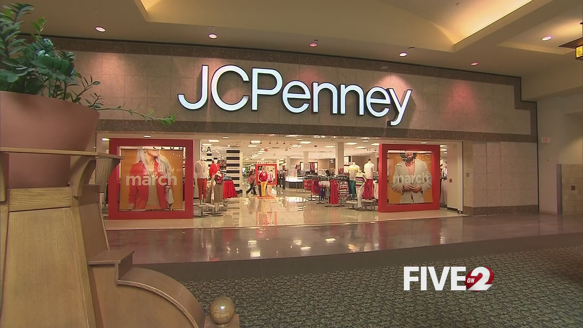 JCPenney announces store closures after disappointing holiday sales