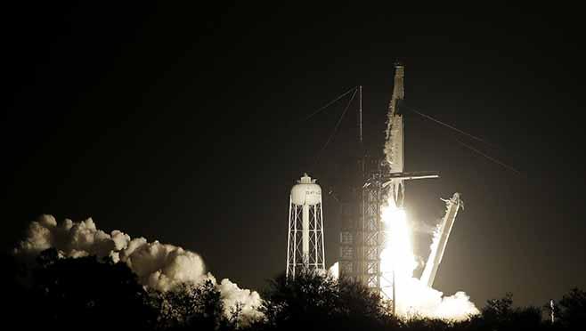 SpaceX Crew Capsule_1551530864229