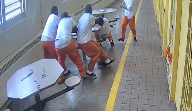Prison Inmates Attacked_1548429516764