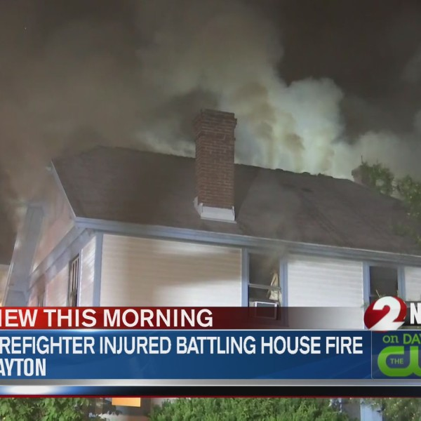 Firefighter injured in Dayton house fire