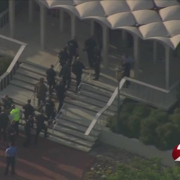 North Carolina campus shooting leaves 2 dead, 4 injured
