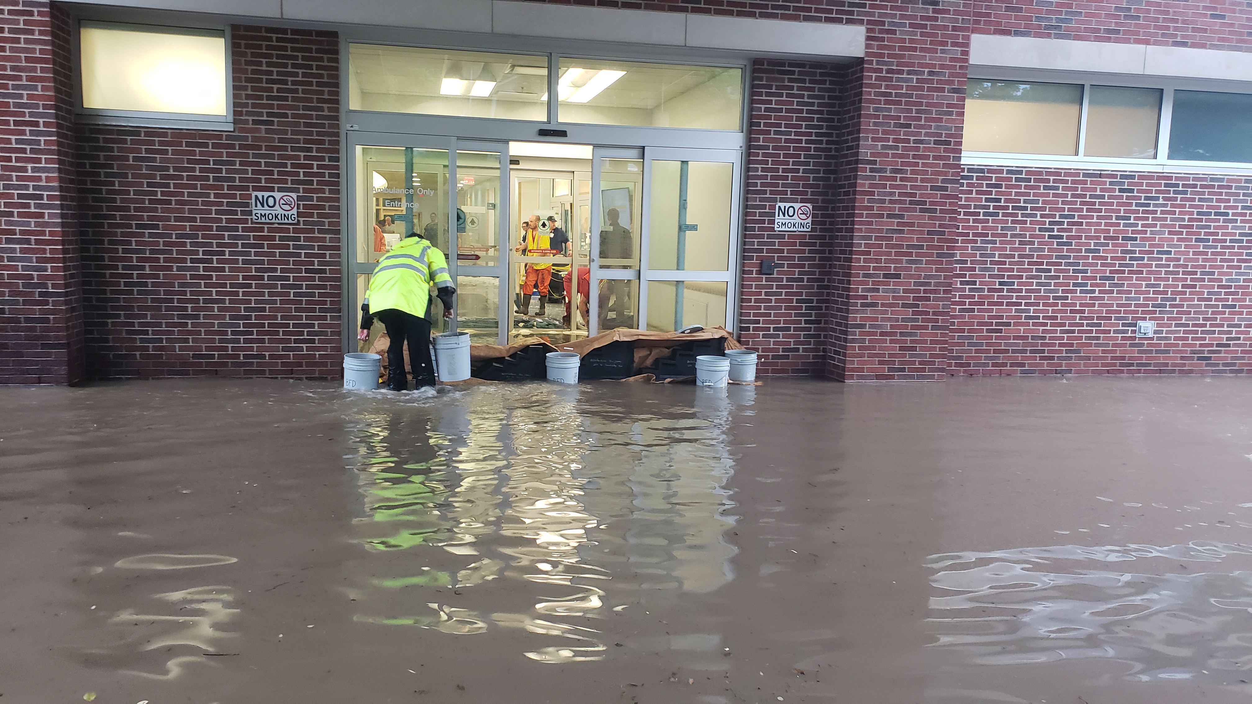 Crews work to remove flood water from Bellfontaine hospital