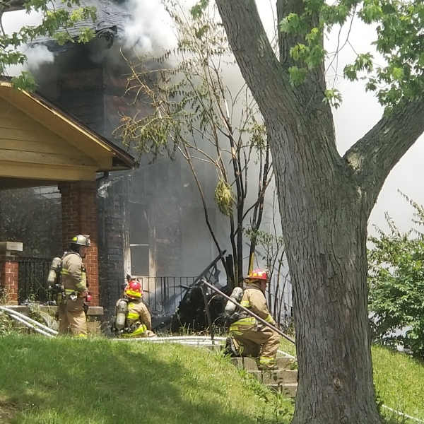 Grand Ave. Fire (WDTN Photo)