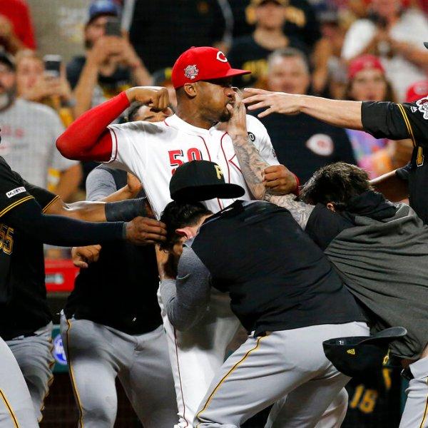 Pirates Reds Baseball Fight