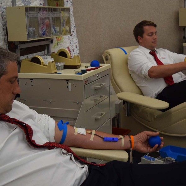 Rep. Tim Ryan donating blood at CBC