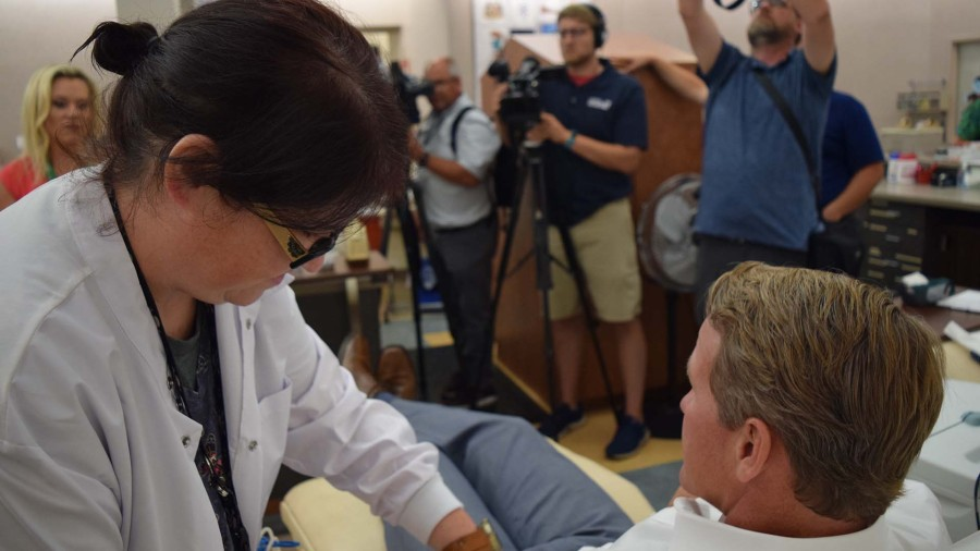 Lt. Gov. Jon Husted donating blood