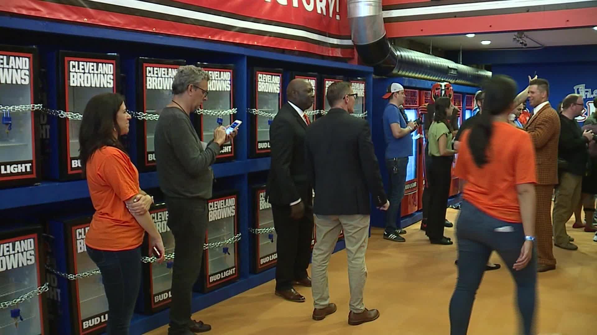 Browns fans claim Bud Light Victory Fridges | WDTN