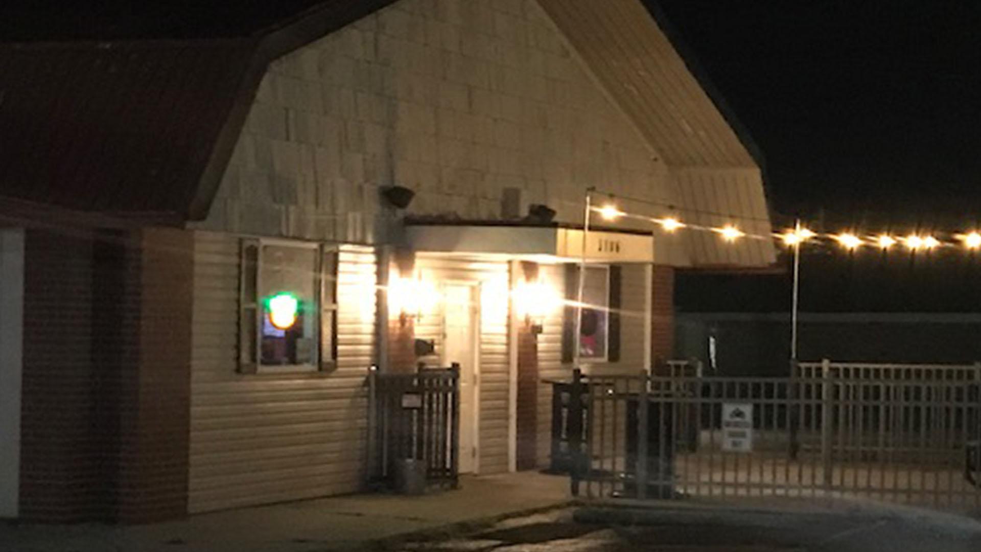 Double Duece Tavern