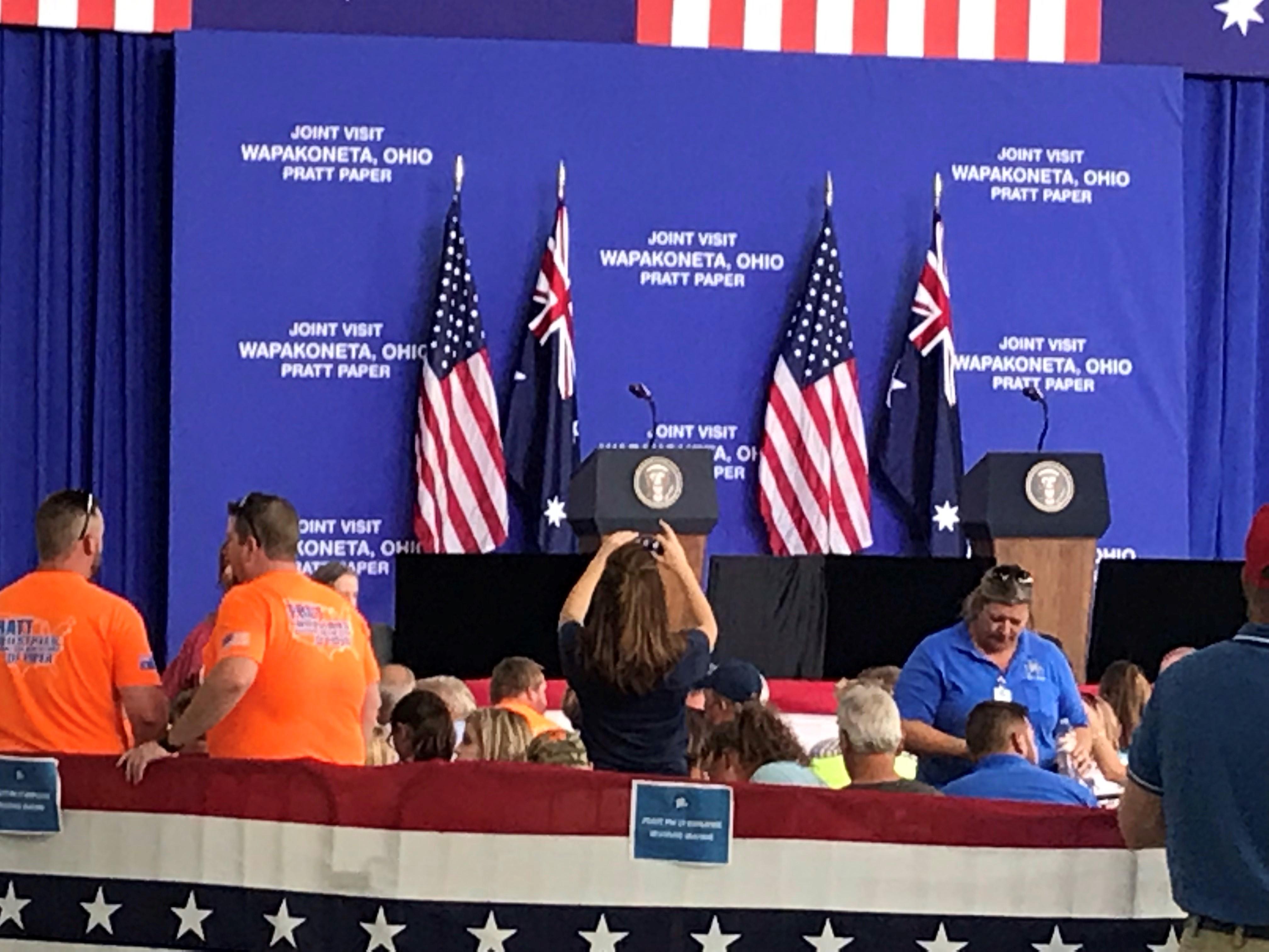 President visits Wapakoneta
