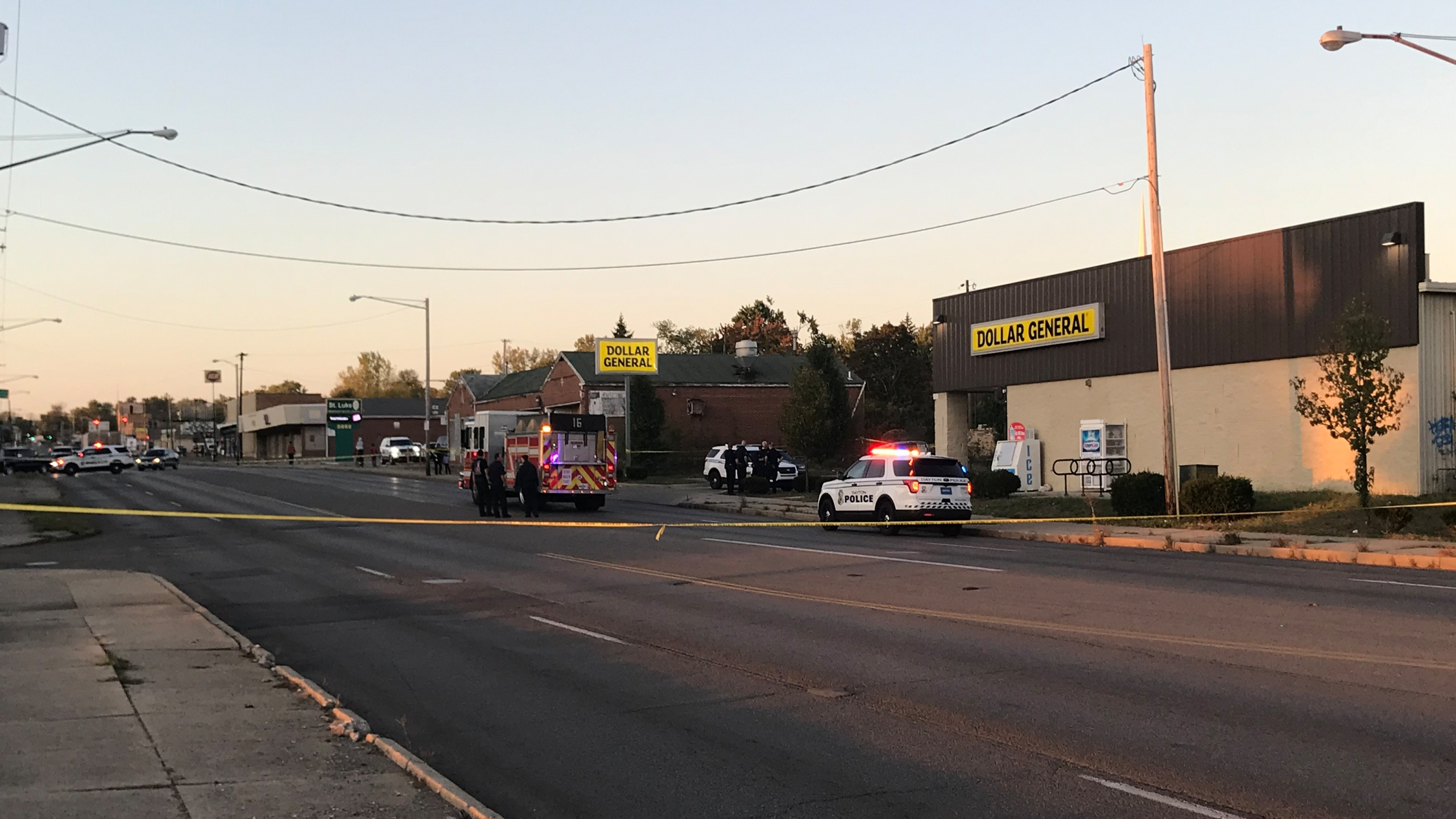 Dollar General shooting, robbery