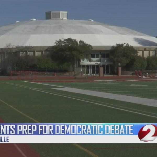 Students prep for democratic debate
