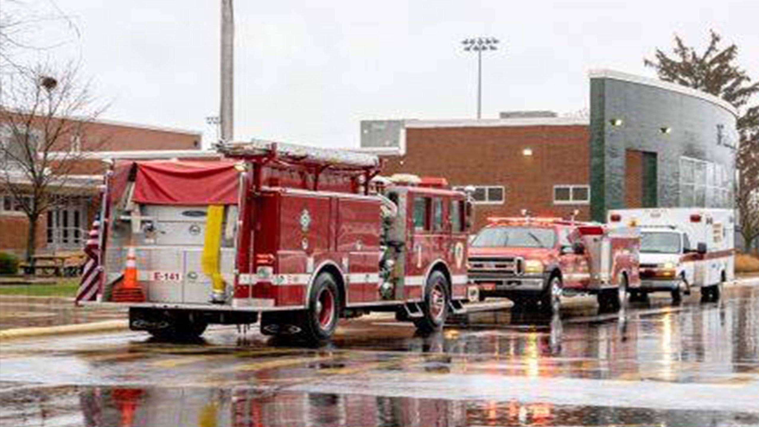2 injured in Greenville HS fire